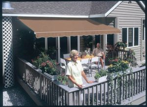 SunSetter_Awning_Taupe-311-800-650-80
